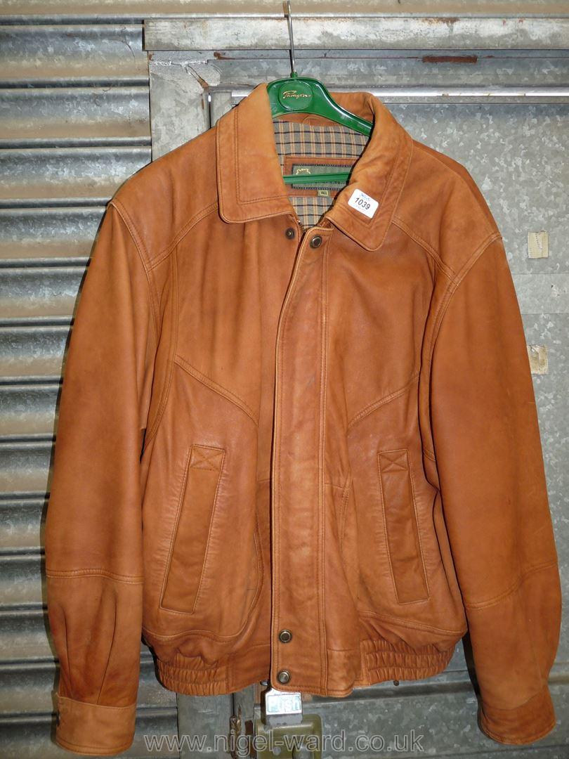 A gent's Hidepark tan leather Jacket, size L.