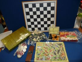 A small quantity of games including Draughts, Tell Me Quiz,