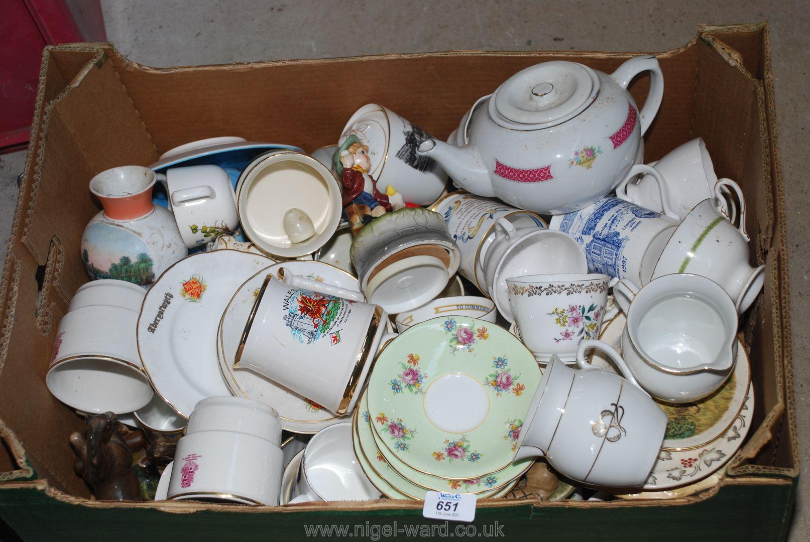 A box of various mugs, jugs, teapot etc.