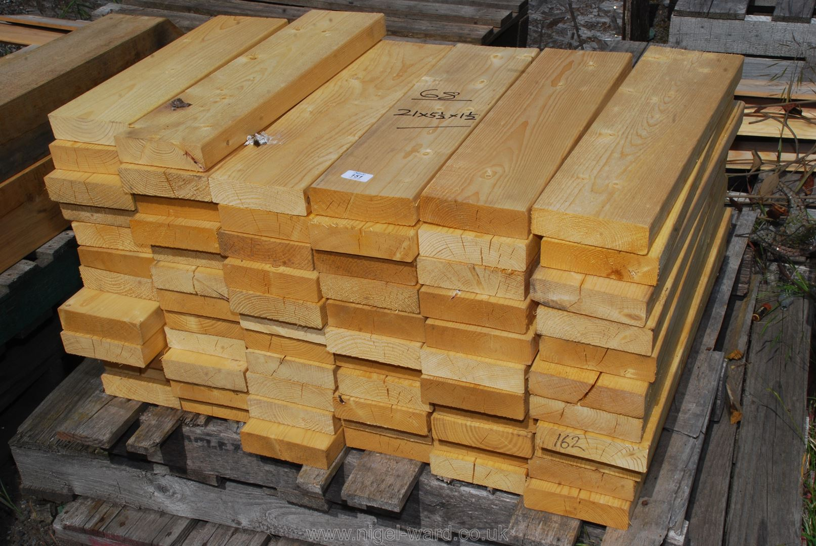 Approx. 68 lengths of CLS timber, 21'' x 5 1/2'' x 1 1/2''.