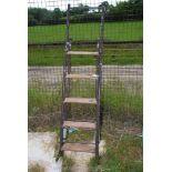 A convertible steps/ladder.