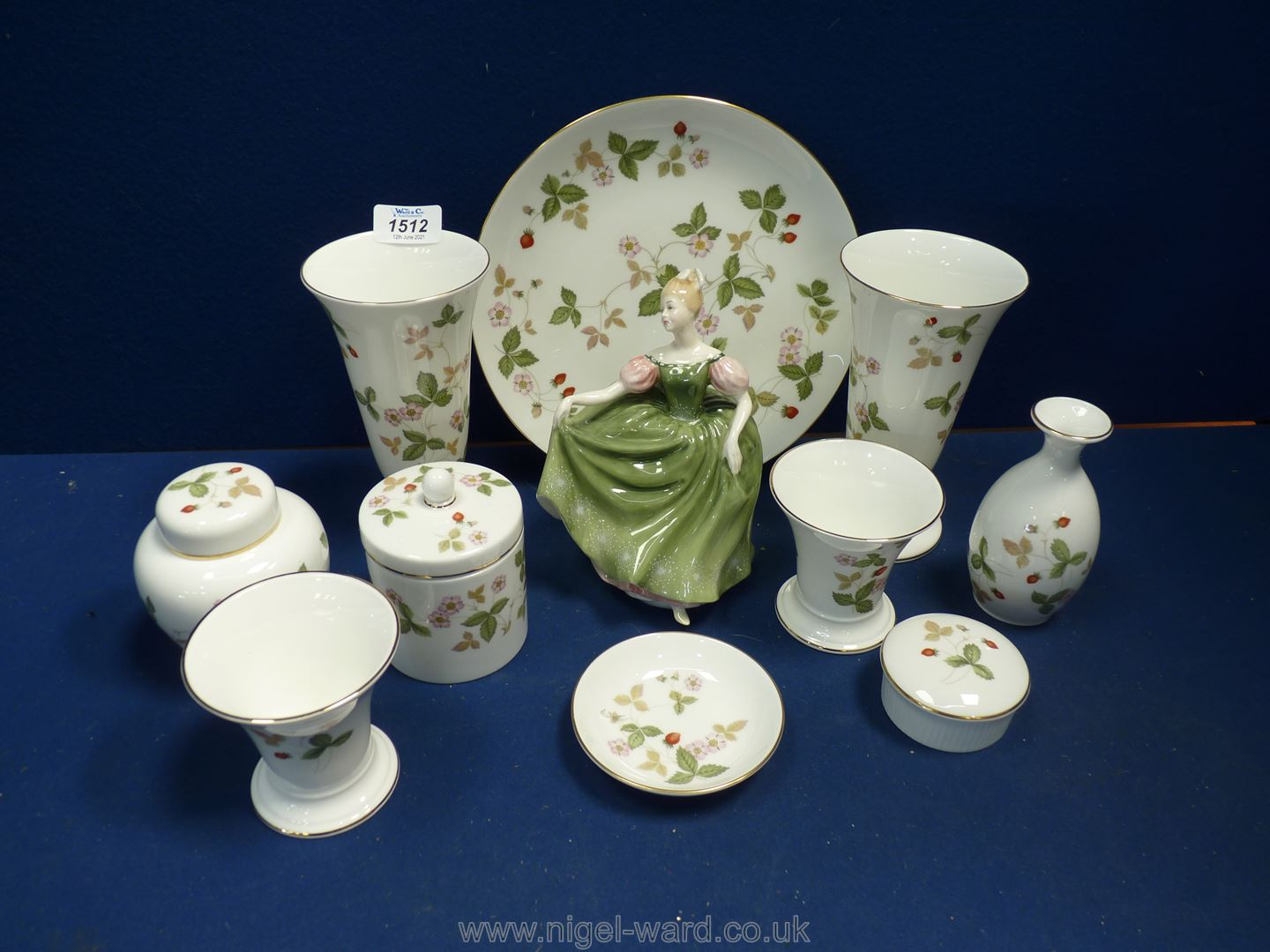 A Royal Doulton figurine 'Michele' 2234, corp 1966 and ten Wedgwood ''wild strawberry'' pieces.