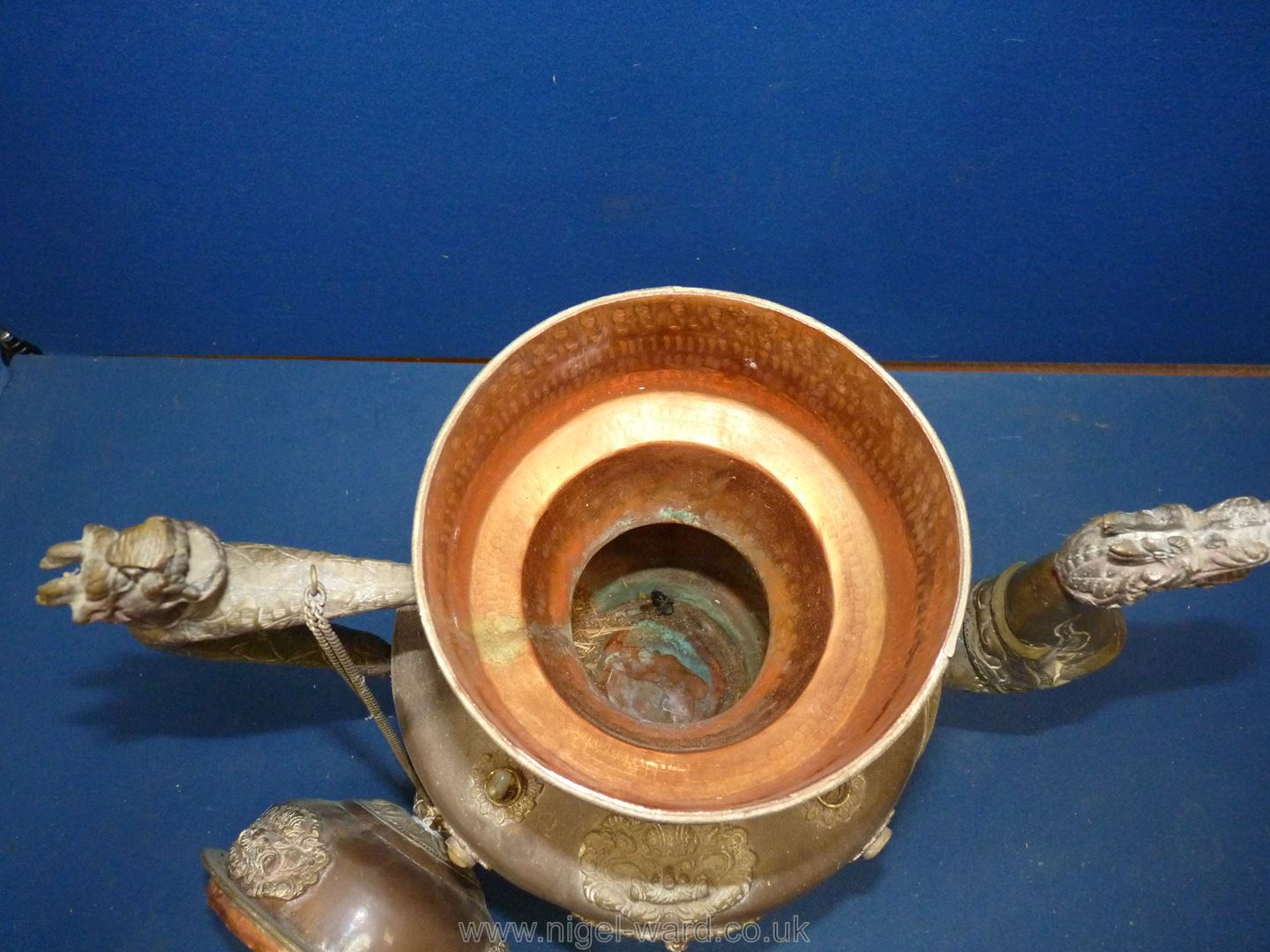 A Tibetan copper and brass ceremonial Dragon ewer with dragon handles and spout, - Image 8 of 9