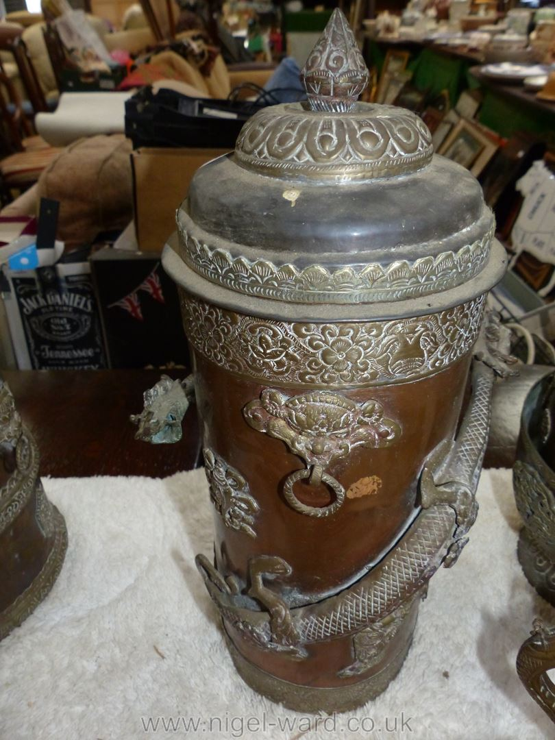 A large Tibetan brass and copper ceremonial canister with brass dragon wrapped around the outside - Image 3 of 5