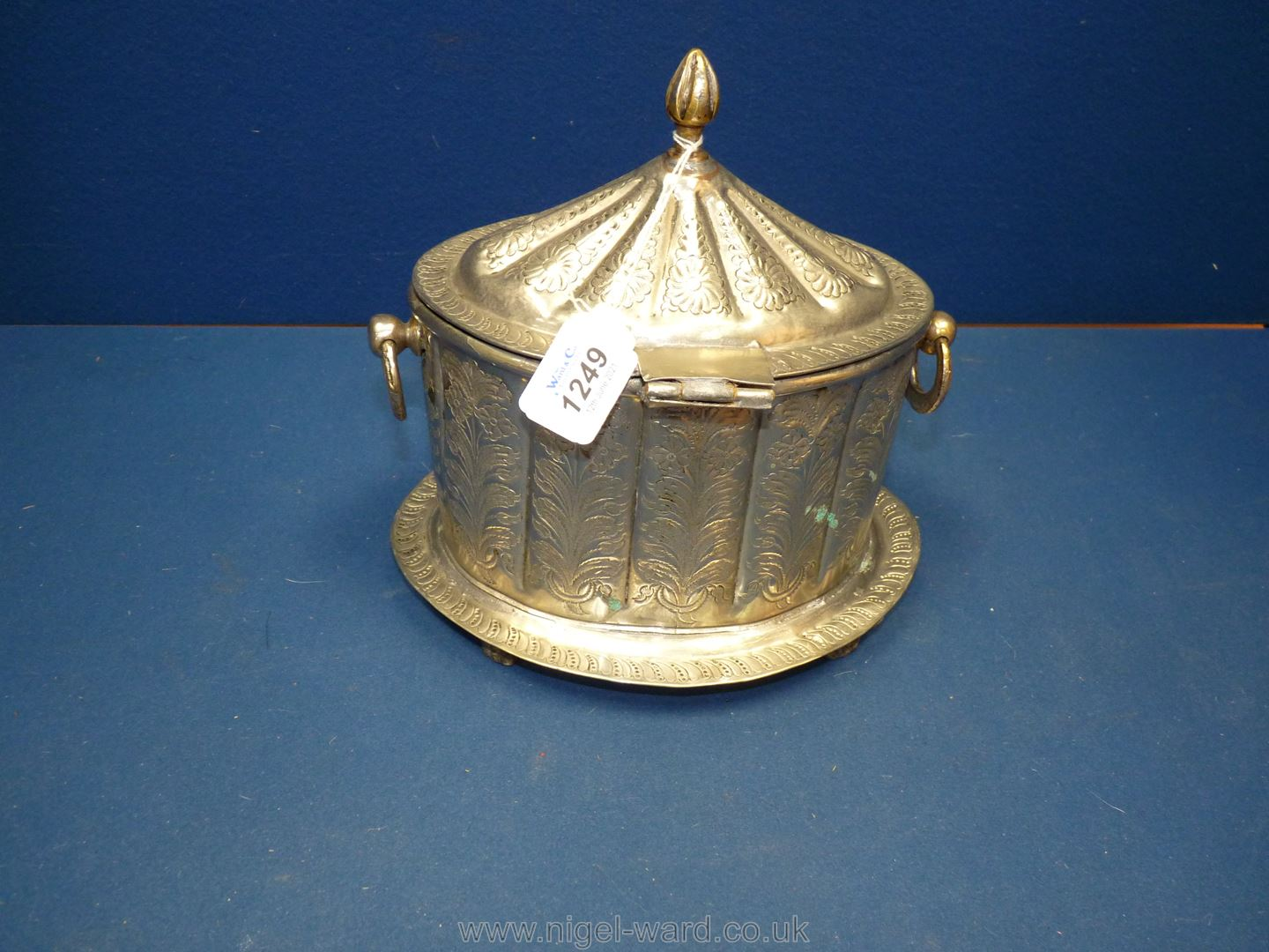 An Ottoman white metal tea caddy or box engraved with floral design, - Image 4 of 6