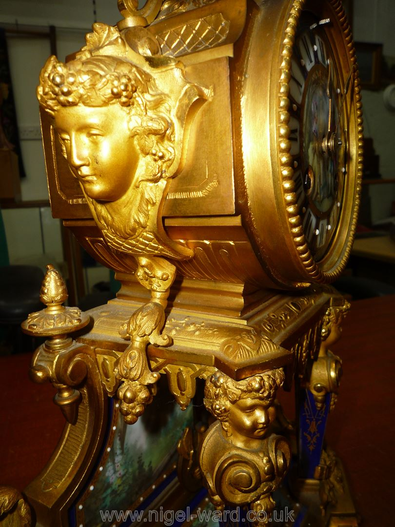 An exceptionally attractive French Ormolu and porcelain mantle Clock the two-train movement by - Image 29 of 35