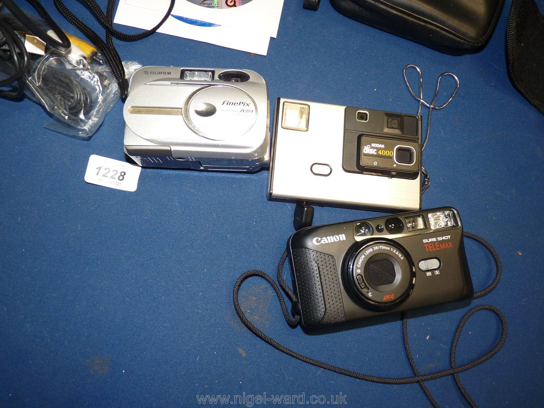 A quantity of cameras including Fujifilm Finepix A204 with accessories, - Image 2 of 2