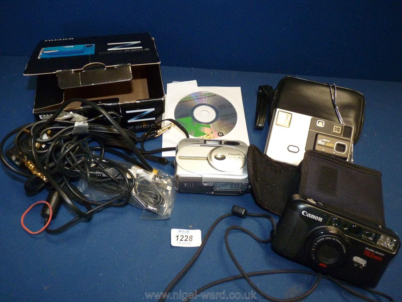 A quantity of cameras including Fujifilm Finepix A204 with accessories,