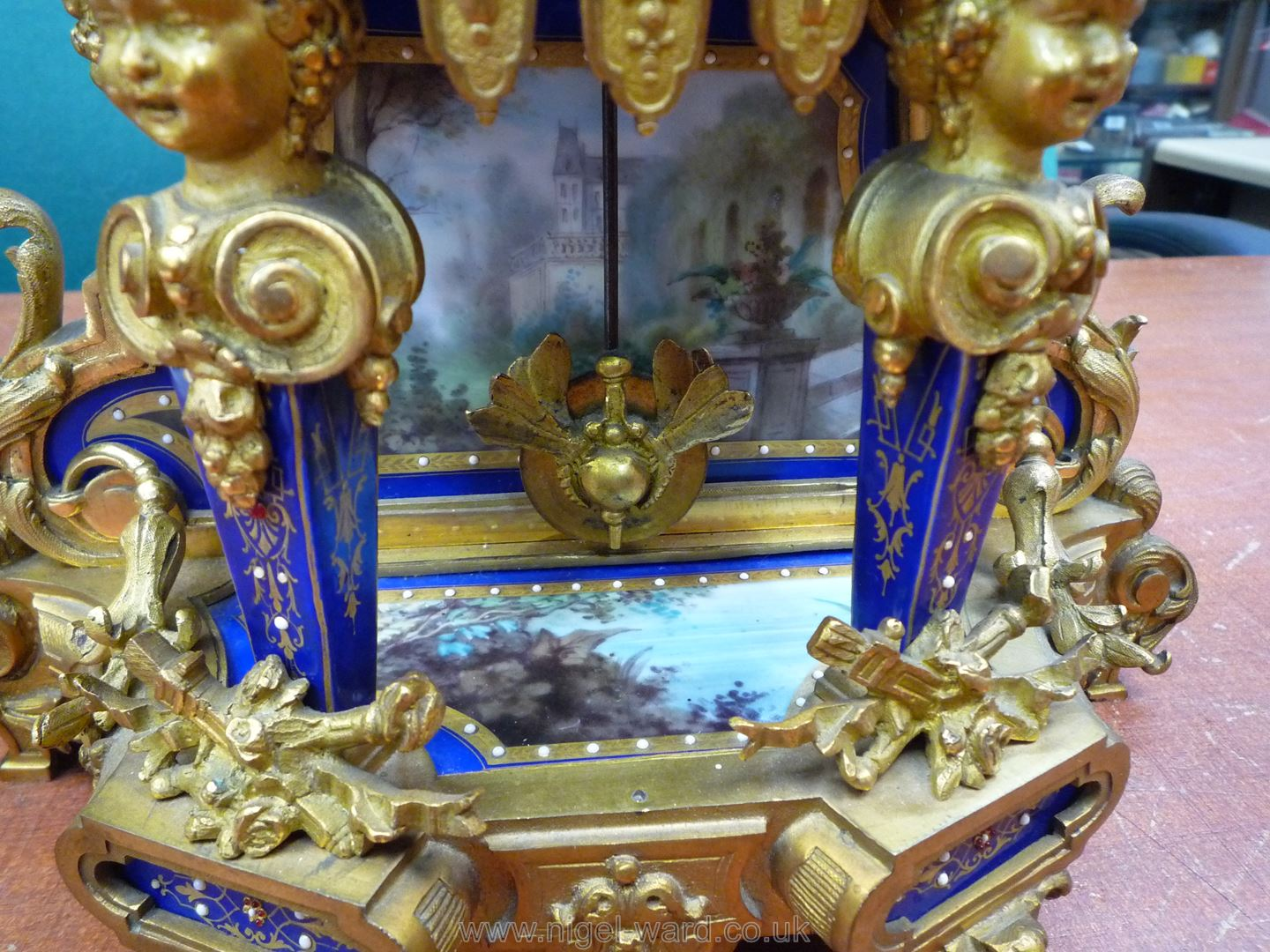 An exceptionally attractive French Ormolu and porcelain mantle Clock the two-train movement by - Image 23 of 35