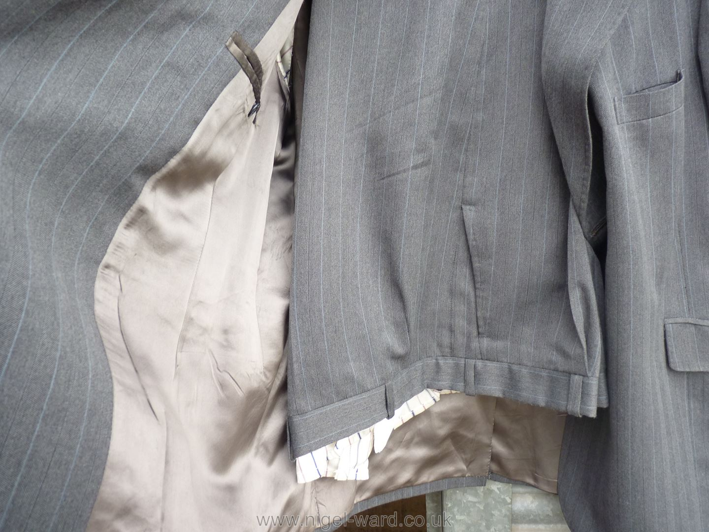 A gent's grey Suit by A. - Image 2 of 2