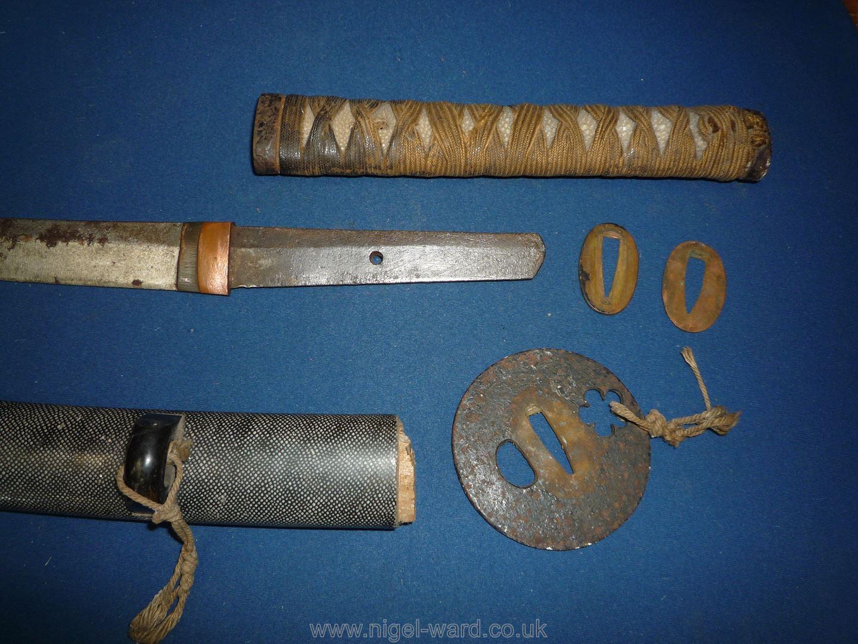 A remarkably sharp edged Samurai Sword/Katana, the blade rust marked, - Image 21 of 22