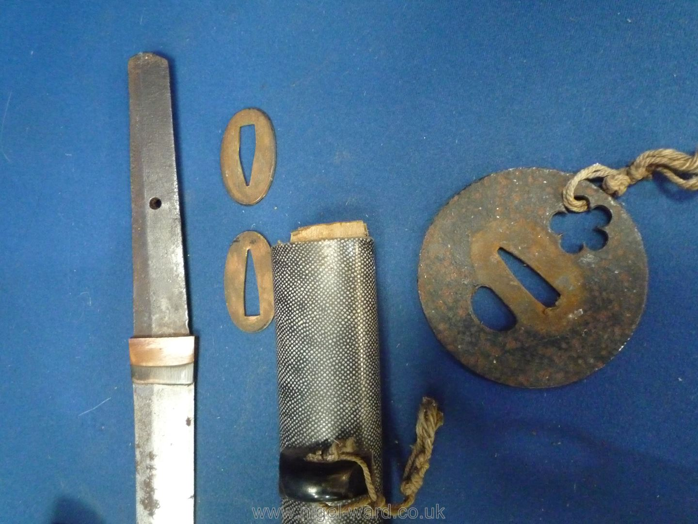 A remarkably sharp edged Samurai Sword/Katana, the blade rust marked, - Image 10 of 22