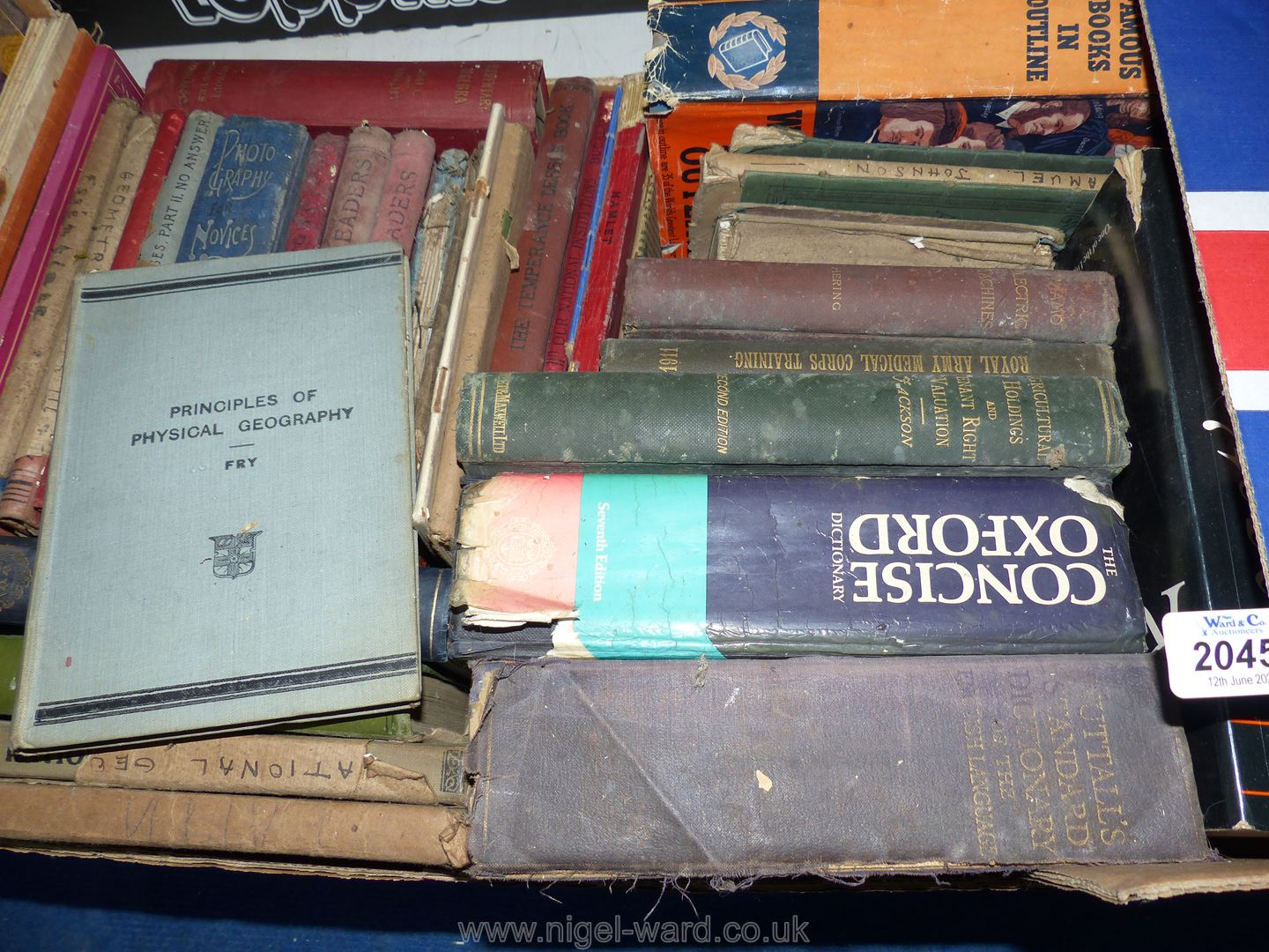 A box of vintage educational books including Thesaurus, dictionaries, Electric machines etc. - Image 2 of 2