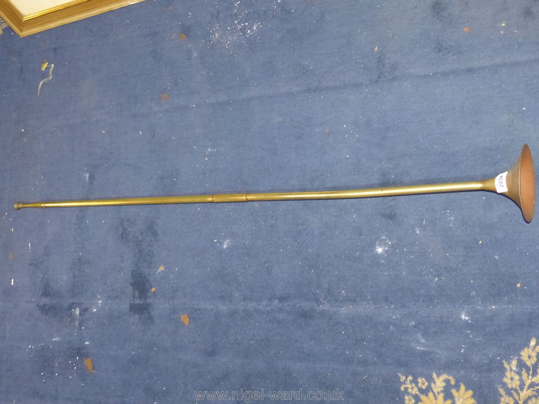 A long hunting Horn.