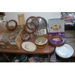 Quantity of glass including jugs, bowls, vases, lemonade jugs,