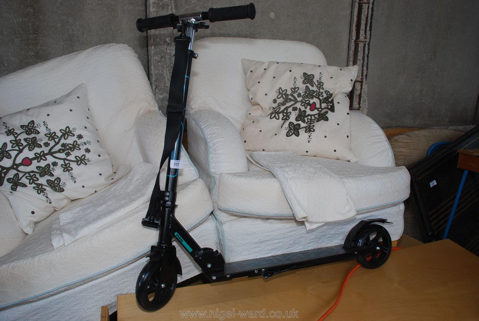 Folding commuter scooter,