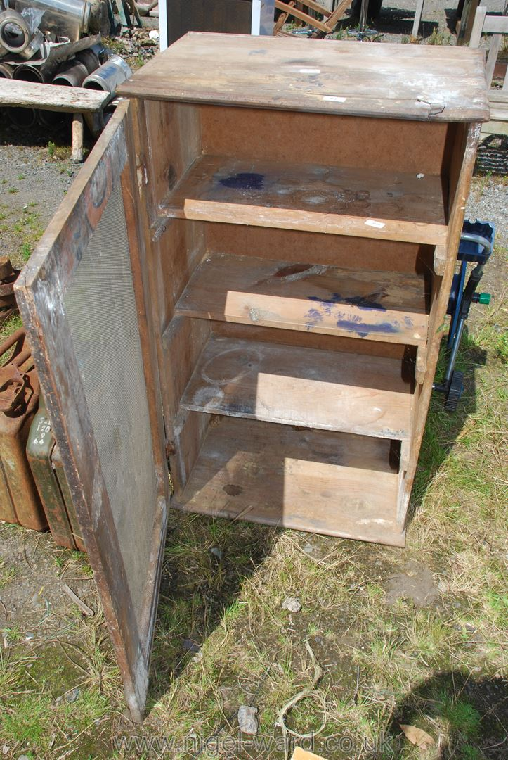 Old meat safe with shelves, a/f. - Image 2 of 2