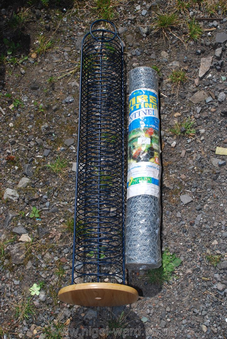 Roll of chicken wire 10 metres long x 600 mm high and a CD stand