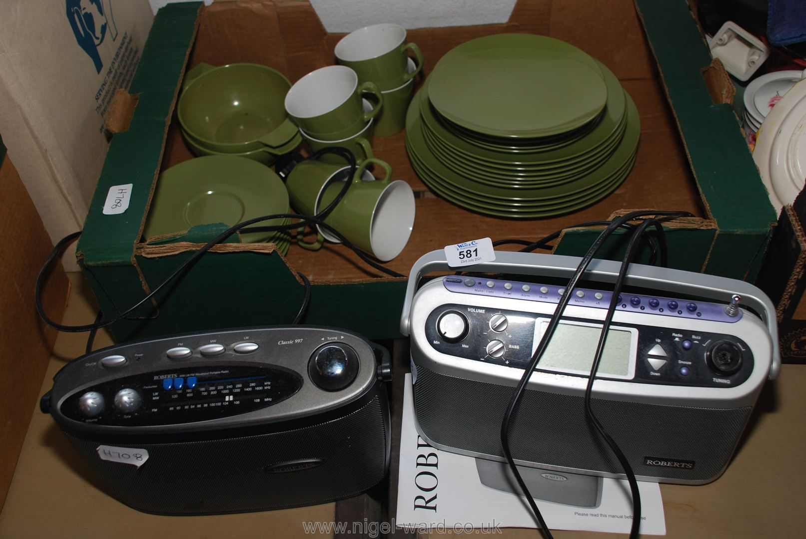 Two Roberts Radios and quantity of Melaware
