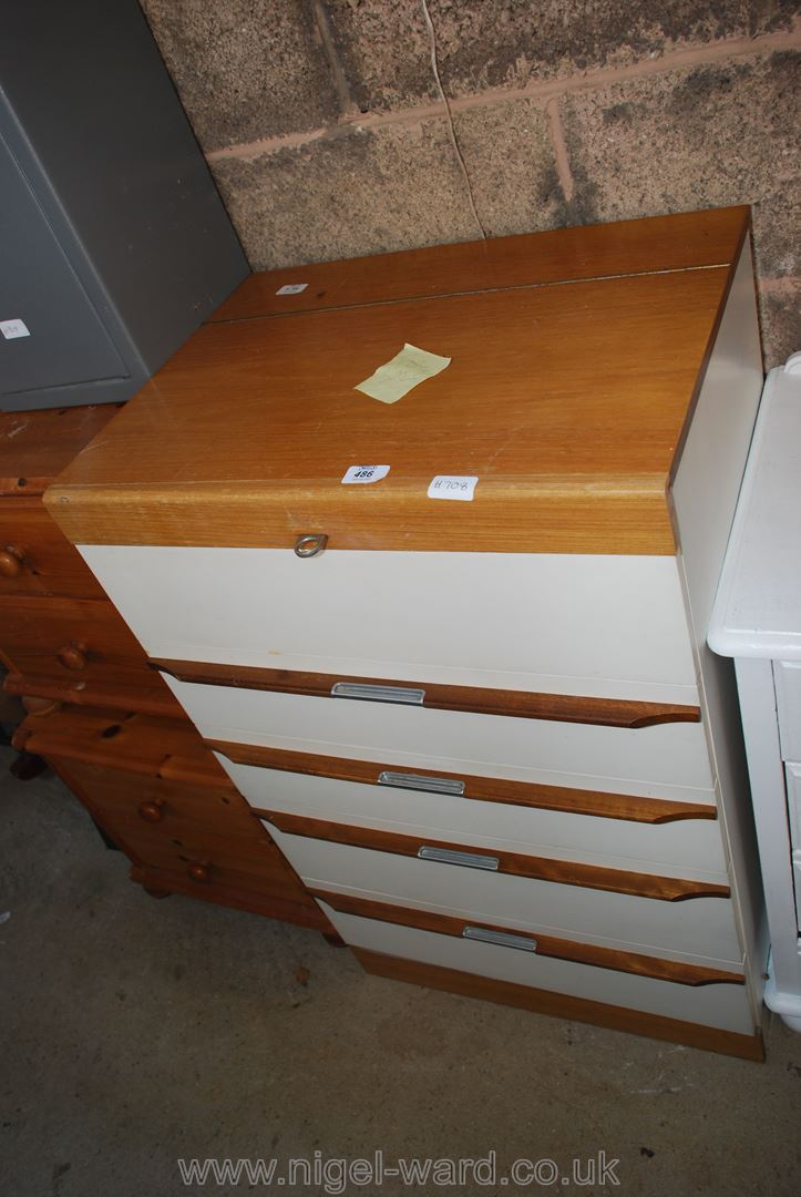 Four drawer chest of drawers with integrated makeup shelf and mirror - Image 2 of 2