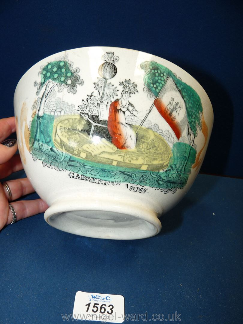 An attractive Sunderland lustre bowl with a transfer of the Gardeners Arms and motto, circa 1870. - Image 2 of 4