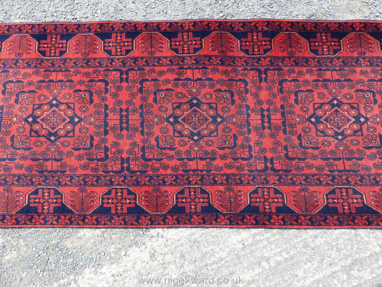 A long Afghan Kahn hall runner, 100% wool, 487 cm x 77 cm. - Image 4 of 7