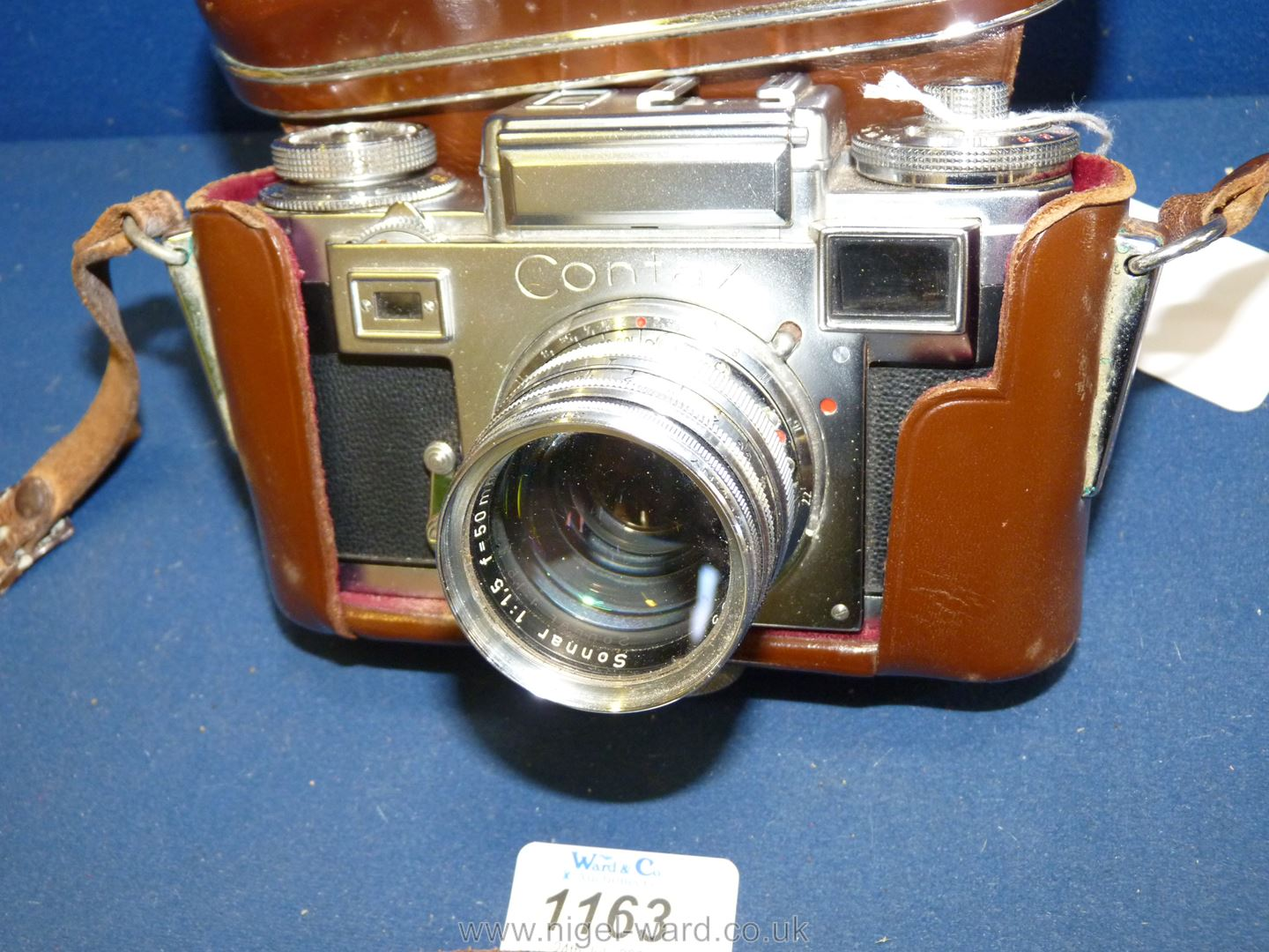 A Circa 1950's - 60's Zeiss Ikon Stuttgart Contax IIIa 35mm Range Finder Camera with a Carl Zeiss - Image 17 of 18