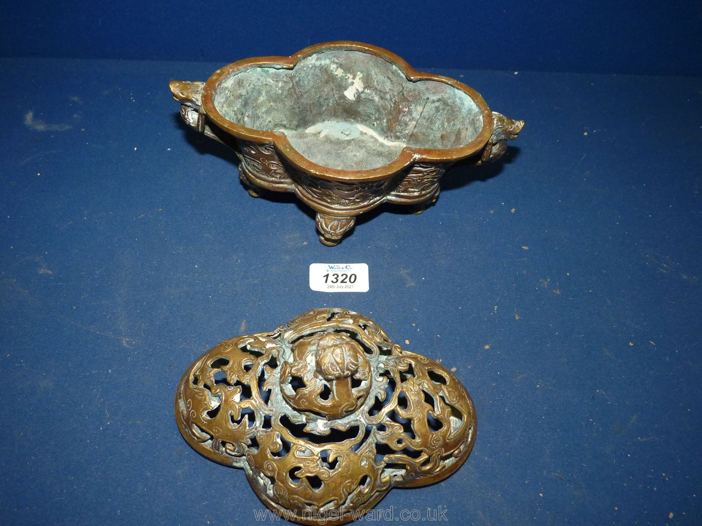 An old but otherwise undated Chinese pierced bronze censer, - Image 2 of 4