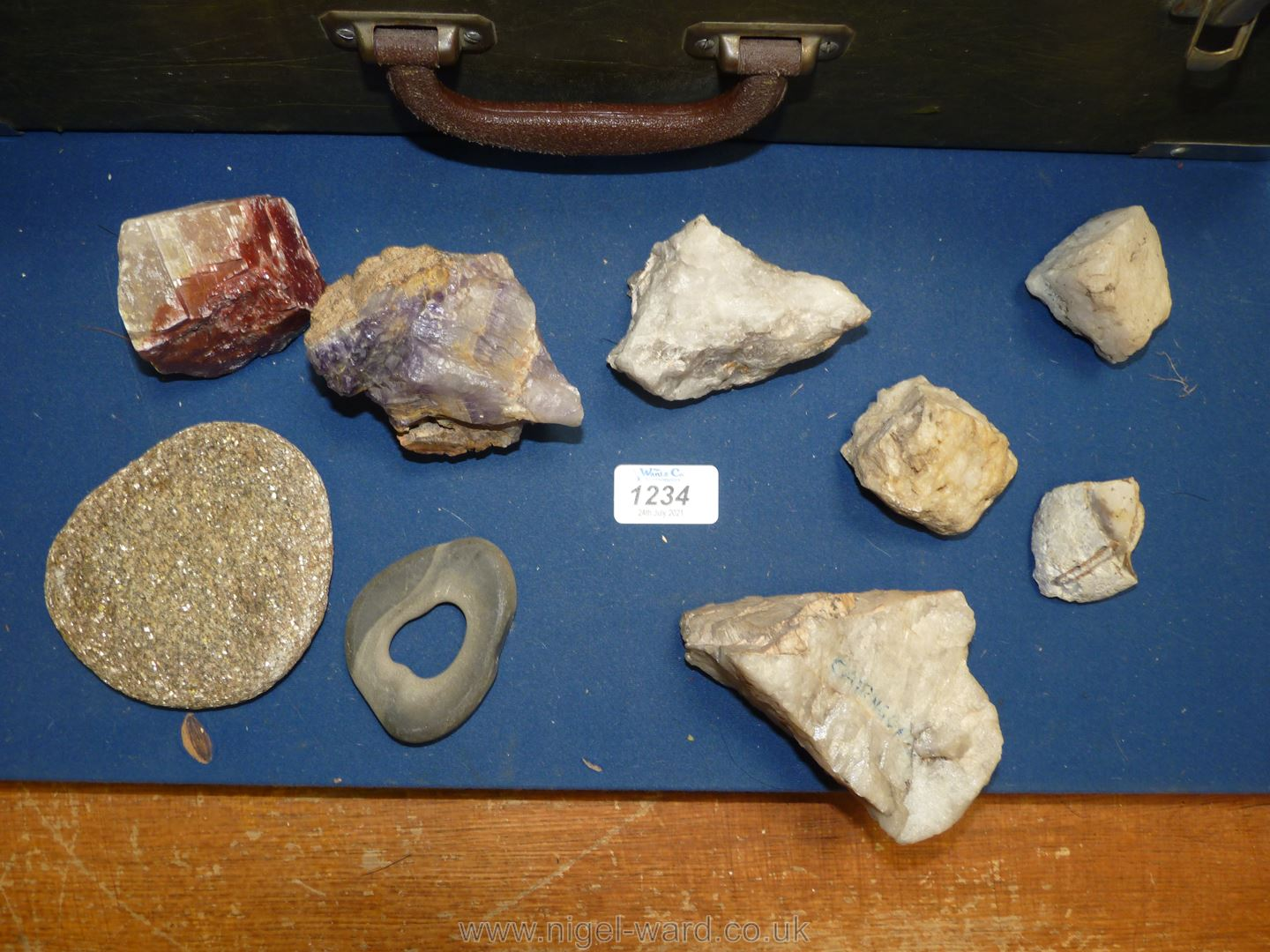 A case of Rock Specimens and Amethyst. - Image 2 of 3