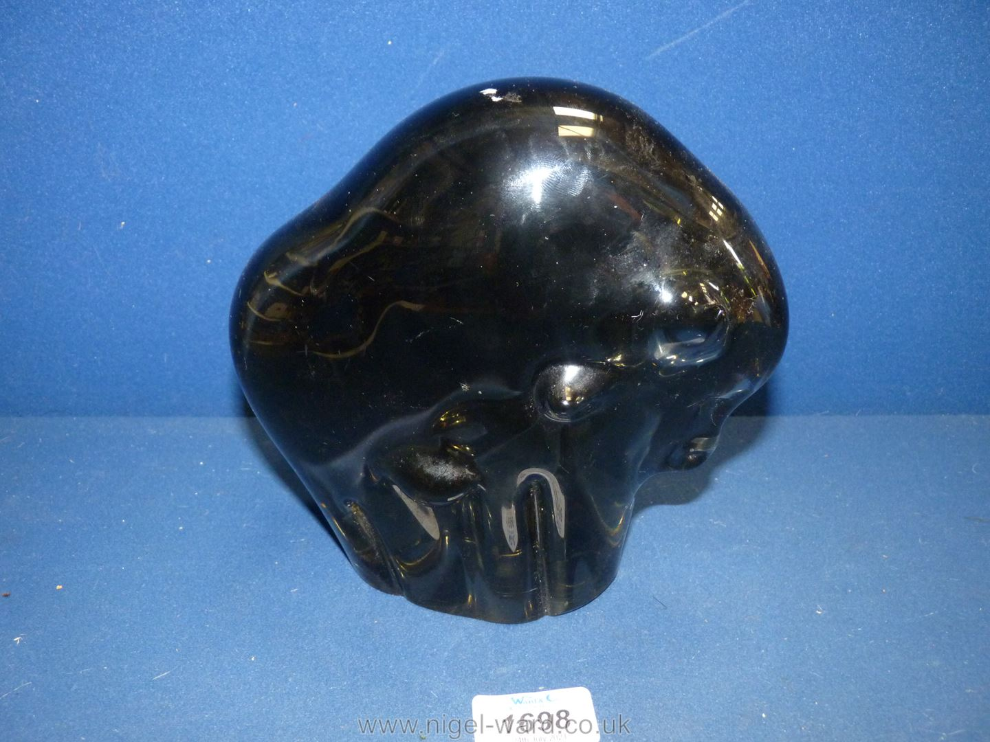 A large glass Bull paperweight, 7 1/2'' high x 8'' wide. - Image 2 of 2