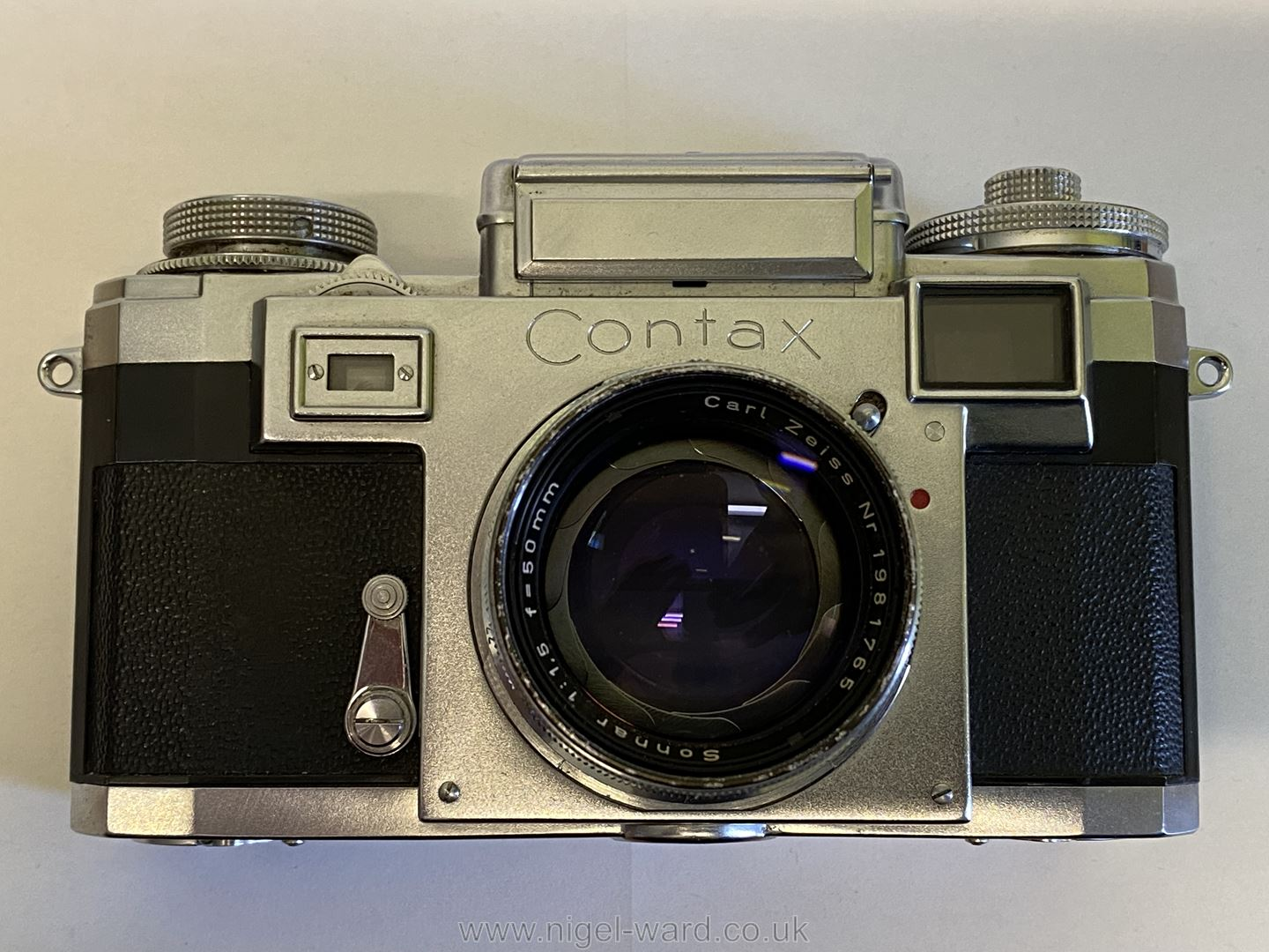 A Circa 1950's - 60's Zeiss Ikon Stuttgart Contax IIIa 35mm Range Finder Camera with a Carl Zeiss - Image 3 of 18