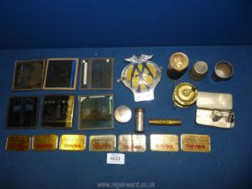 A small quantity of mixed antique,