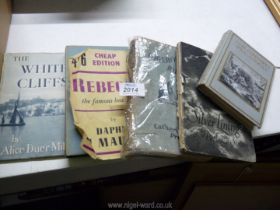 A small quantity of books to include; Silver Linings by Patience Strong,