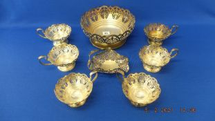 A qty of Mappin and Webb silver plate