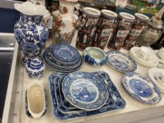 A collection of blue and white china,