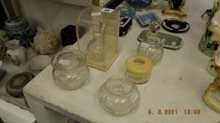 A qty of assorted glass inc.