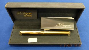 DuPont pen in Silver gilt in original box