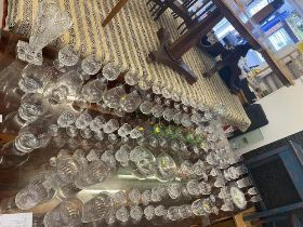 A large qty of assorted glassware