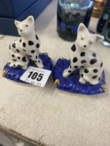 A pair of Chelsea pottery figures,