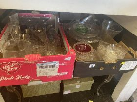 A large qty of glassware