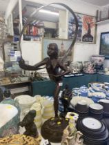 A Bronze ribbon lady