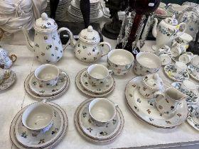 A Villeroy and Boch part tea set