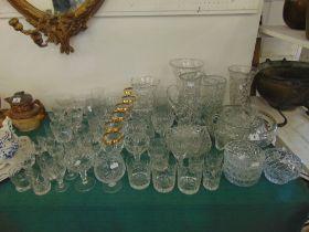 A qty of cut glass