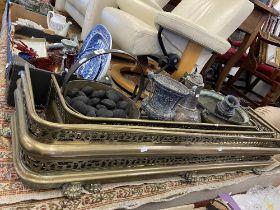 A qty of brass, metal, fenders etc.