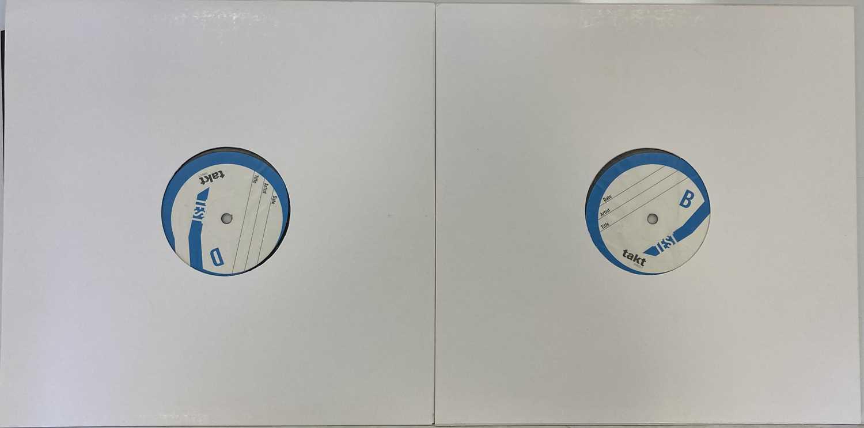 ROISIN MURPHY - ROISIN MACHINE LP (2020 WHITE LABEL TEST PRESSING - SIGNED) - Image 2 of 2