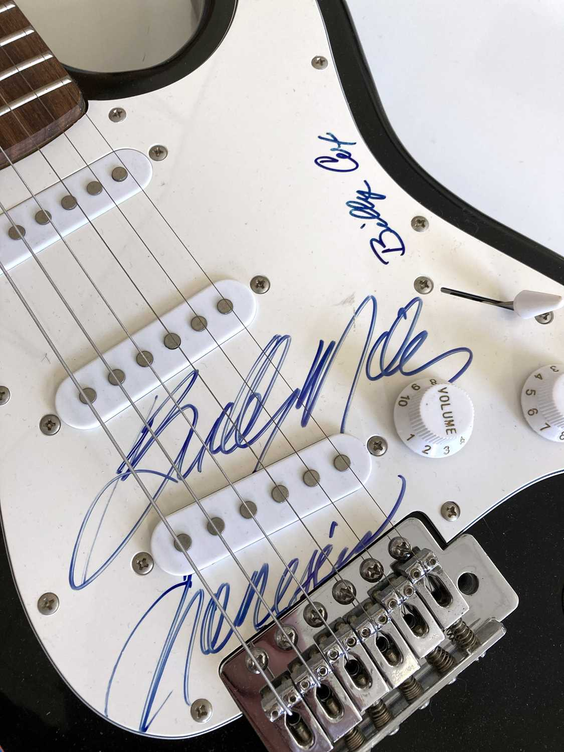 BUDDY MILES / BILLY COX SIGNED STRATOCASTER. - Image 2 of 3