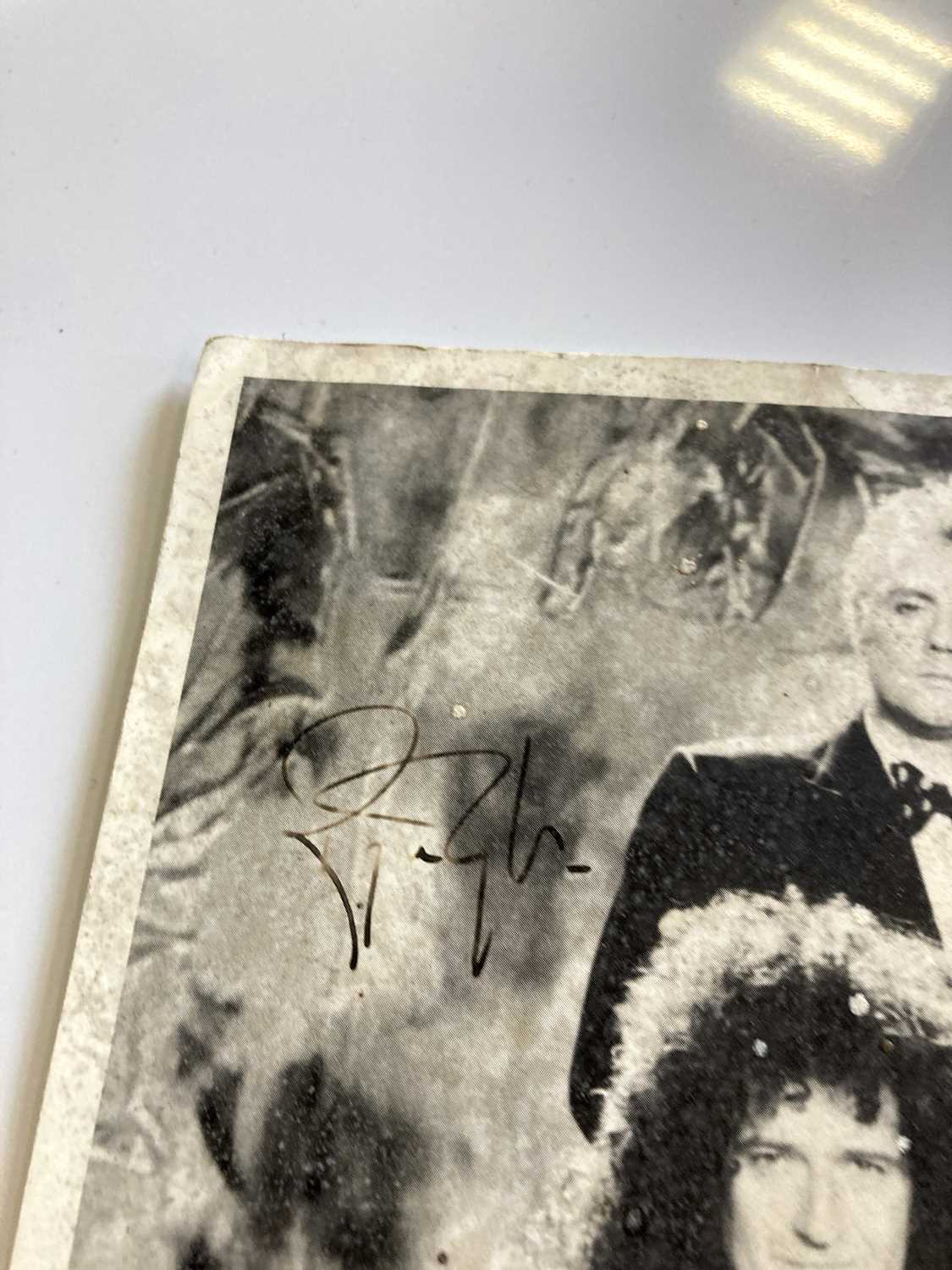 QUEEN SIGNED ITEMS. - Image 6 of 7