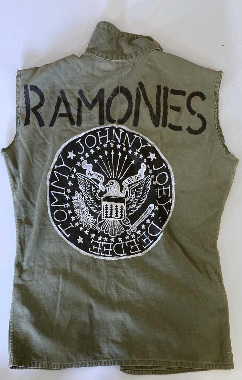RAMONES CLOTHING. - Image 2 of 3