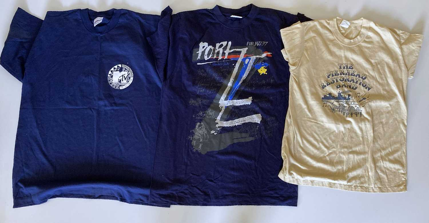 MUSIC CLOTHING - ONCE OWNED BY ANDY FAIRWEATHER LOW. - Image 3 of 5