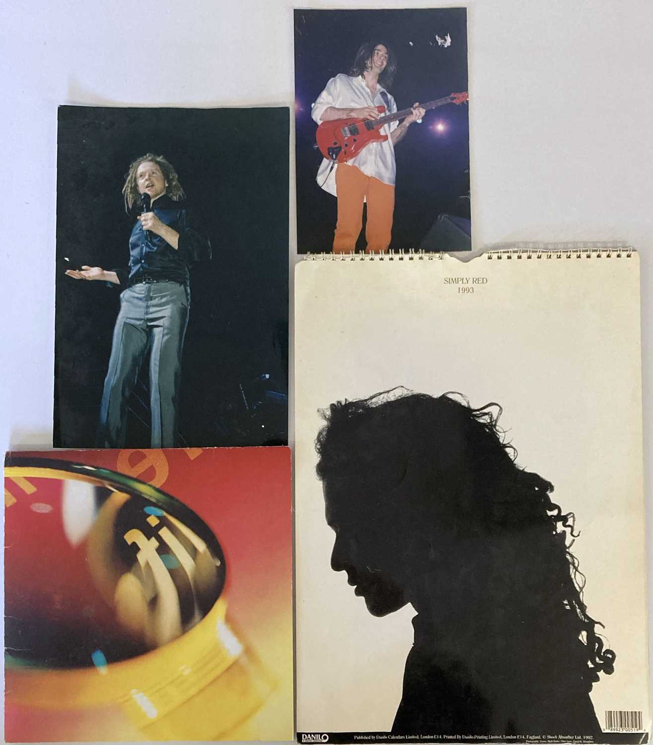 SIMPLY RED MEMORABILIA INC SIGNED ITEMS. - Image 8 of 15